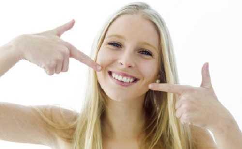ефективне відбілювання зубів